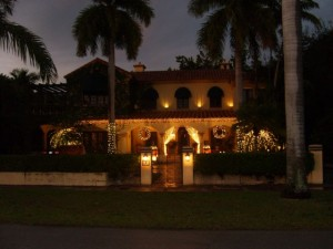 Coral Gables Real Estate Photos -- Christmas House 3