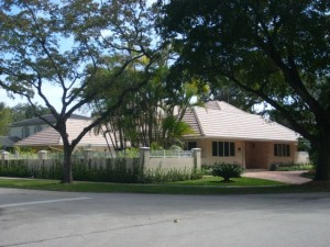 Coral Gables Real Estate Photos -- Sold Foreclosure Property 4901 Alhambra Circle