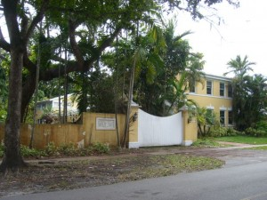 Coral Gables Real Estate Photos -- Sold Foreclosure Property -- 828 Valencia 2
