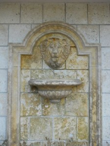 Coral Gables Real Estate Photos -- Wall Fountain -- 2728 Ponce de Leon Blvd (Los Ranchos Restaurant)