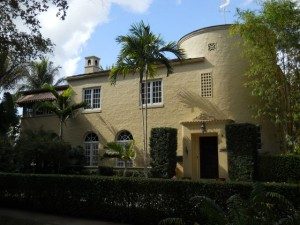Coral Gables Real Estate Photos -- 2508 De Soto Blvd.